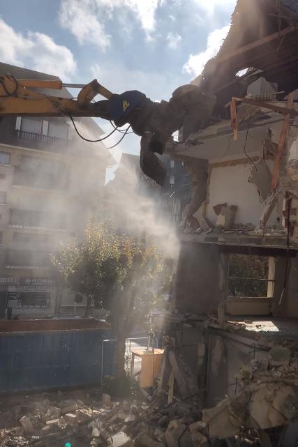 Démolition sur le chantier de l'Hôtel YOU à Deauville